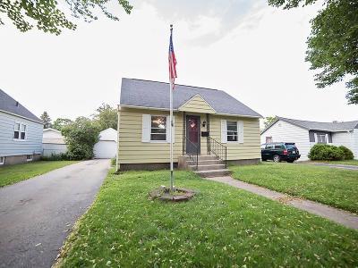 Marinette Single Family Home For Sale: 1422 Parnell Street