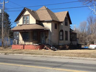 Single Family Home For Sale: 2436 10th Avenue