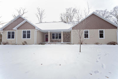 Single Family Home For Sale: N3145 Deer Haven Court