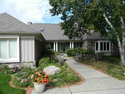 Harbor Springs Single Family Home For Sale: 2815 Greenbriar