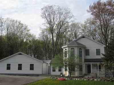 Harbor Springs Single Family Home For Sale: 4470 Walker Drive