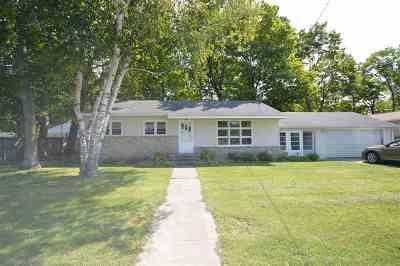 Charlevoix Single Family Home For Sale: 634 Petoskey Avenue