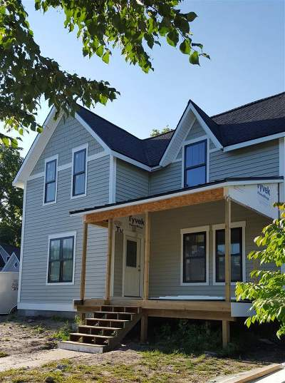 Petoskey Single Family Home For Sale: 211 W Lake Street