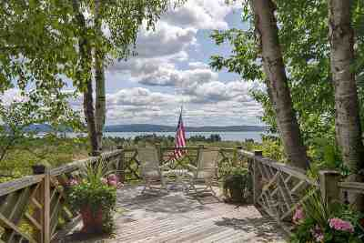 Single Family Home For Sale: 6844 Harbor Petoskey