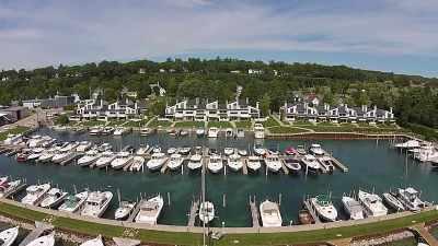 Harbor Springs Single Family Home For Sale: 524 E Bay Street