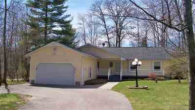 Alanson Single Family Home For Sale: 7610 Forest Lane