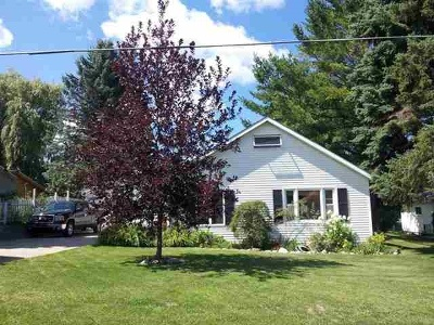Petoskey MI Single Family Home For Sale: $170,000