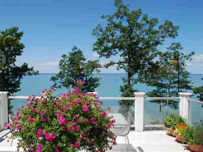 Single Family Home For Sale: 3485 N Lake Shore Drive
