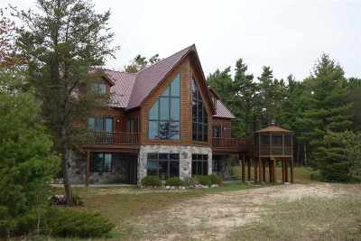 Single Family Home New: N5107 Rock River Road