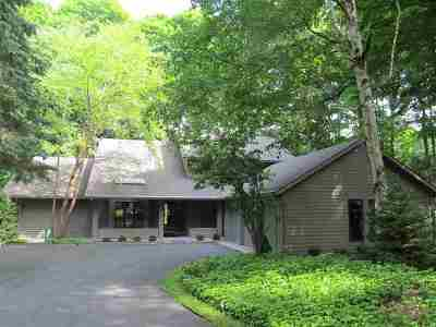 Harbor Springs Single Family Home For Sale: 2176 Golfview