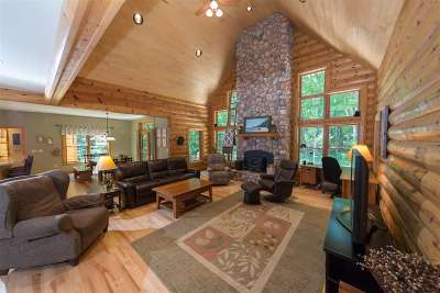 Harbor Springs Single Family Home For Sale: 8766 Voyageur Trail