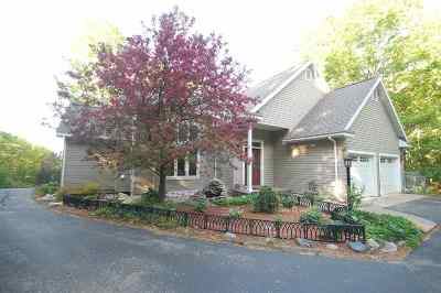 Harbor Springs Single Family Home For Sale: 7465 Harbor-Petoskey Road