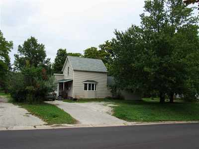 Petoskey MI Single Family Home For Sale: $119,000