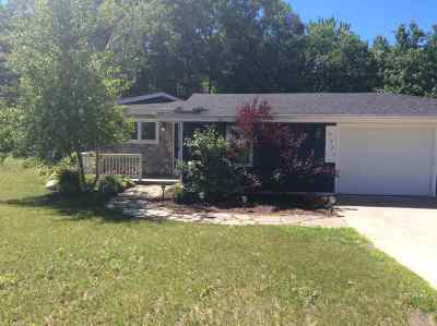 Harbor Springs Single Family Home For Sale: 3231 Pete's Run