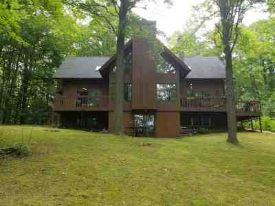 Charlevoix Single Family Home For Sale: 01565 Marion Hills Drive