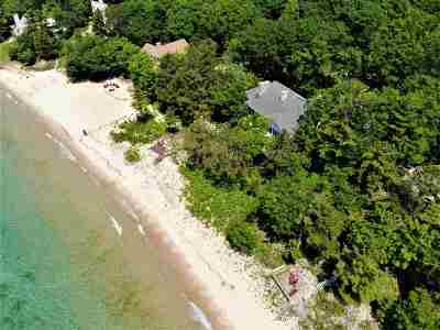 Harbor Springs Single Family Home For Sale: 5414 Lower Shore Drive