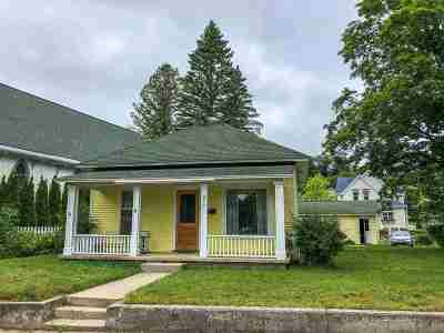 Single Family Home For Sale: 276 W Third Street