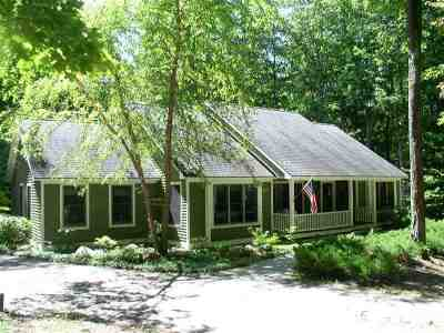 Harbor Springs Single Family Home For Sale: 2036 Greenbriar