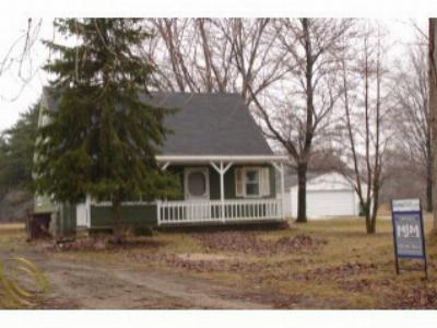 Single Family Home Sold: 17300 Bak Rd