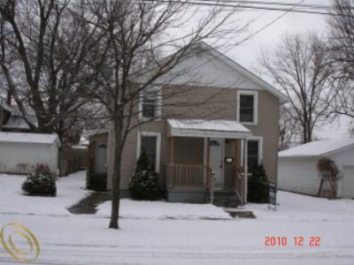 Single Family Home Sold: 516 E Hunt St