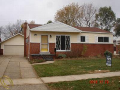 Single Family Home Sold: 1140 Zephyr St