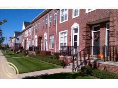 Condo/Townhouse Sold: 14411 Vauxhall Dr