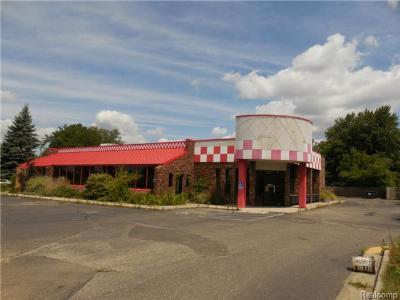 Clarkston, Waterford, Waterford Twp Commercial Lease For Lease: 2490 Dixie Highway
