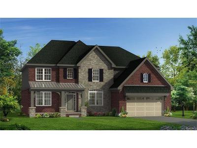 South Lyon Single Family Home For Sale: 218 Singh Boulevard