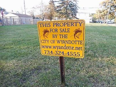 Wyandotte Residential Lots & Land For Sale: 733 Pine Street