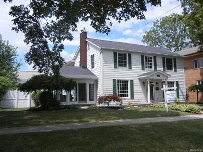Trenton Single Family Home For Sale: 2444 Riverside