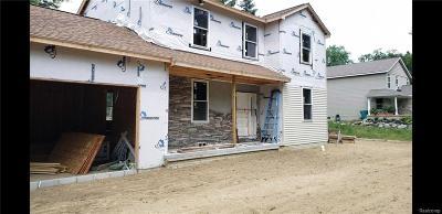 Auburn Hills Single Family Home For Sale: 396 N Lake Angelus Road