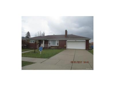 Dearborn Heights Single Family Home For Sale: 5738 Dacosta Street