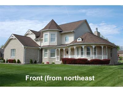 Sterling Heights Single Family Home For Sale: 39407 Vassar Court