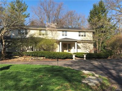 West Bloomfield, West Bloomfield Twp Single Family Home For Sale: 6676 Knollwood Circle W