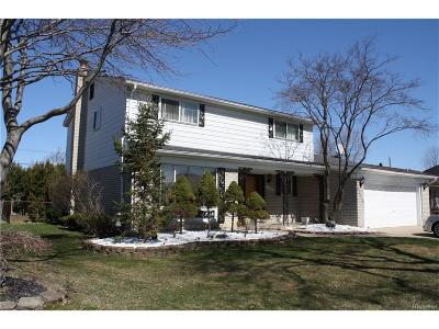 Dearborn Heights Single Family Home For Sale: 26328 Simone Street
