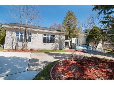 Bloomfield Twp Single Family Home For Sale: 4558 Wabeek Forest Drive