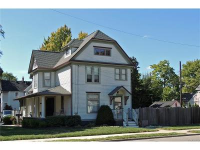 Plymouth Single Family Home For Sale: 725 N Mill Street