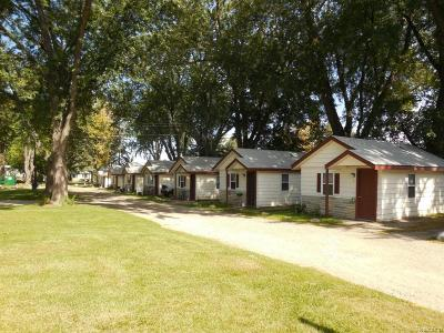 Oakland County Commercial For Sale: 8230 Highland Road