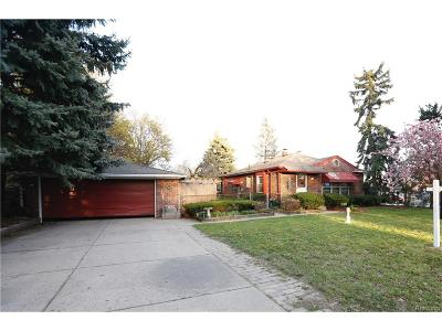 Dearborn Heights MI Single Family Home For Sale: $169,900