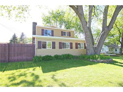 Commerce Single Family Home For Sale: 5701 Carroll Lake