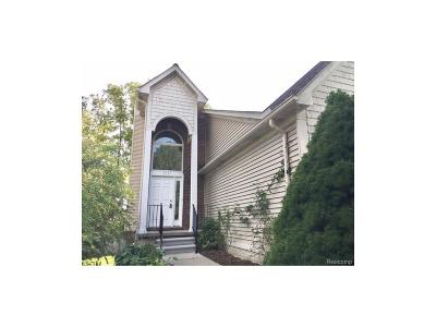 Bloomfield, Bloomfield Hills, Bloomfield Twp, West Bloomfield, West Bloomfield Twp Single Family Home For Sale: 2121 Sunnycrest