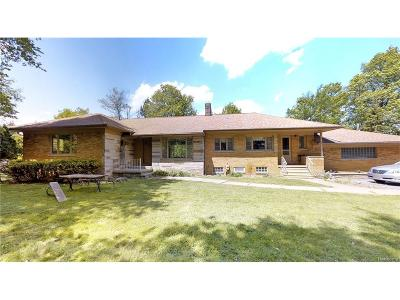 Single Family Home For Sale: 7400 Deer Lake Road