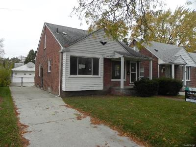 Redford Twp Single Family Home For Sale: 11711 Riverdale