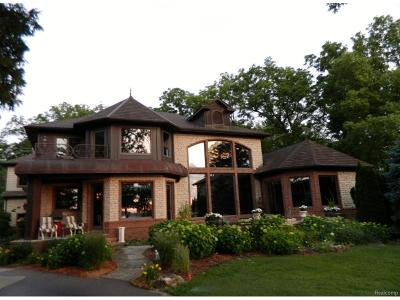 Grosse Ile, Gross Ile, Grosse Ile Twp Single Family Home For Sale: 22220 East River Road
