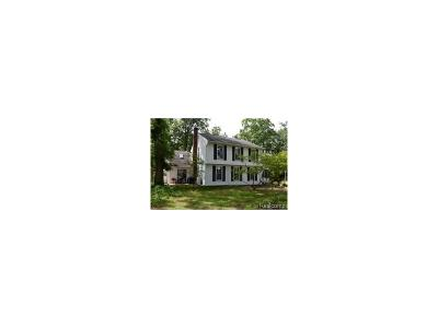 Plymouth Single Family Home For Sale: 41215 Ann Arbor Road E