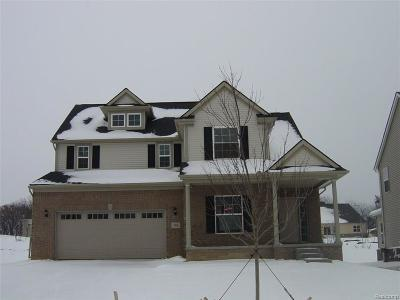 South Lyon MI Single Family Home For Sale: $354,410