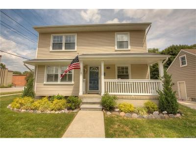 Plymouth Single Family Home For Sale: 796 N Harvey Street