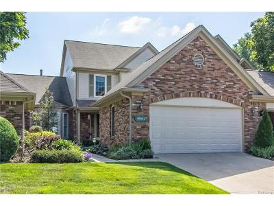 Northville Condo/Townhouse For Sale: 39644 Glenview Court