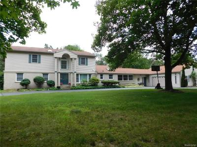 Bloomfield Twp Single Family Home For Sale: 1450 Lenox