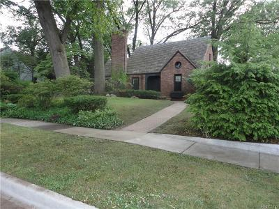 Dearborn Single Family Home For Sale: 610 S Melborn Street